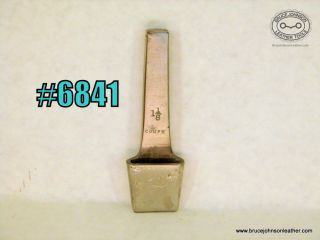 6841 – Gomph 1-1/8 inch slot punch – $120.00