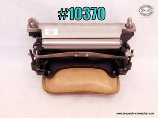10370 – CS Osborne 6 inch #86 leather splitter – $375.00