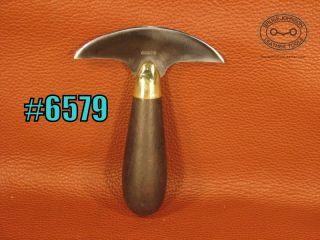6579 – Gomph head knife, 4 inches wide, excellent and rare in this condition – $250 00
