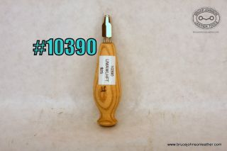10390 – unmarked awl haft with  chuck – $25.00