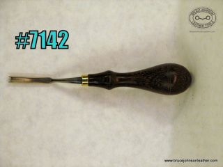 7142 – CS Osborne #2 French edger – $60 .00