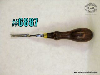 6887 – Gomph #2 French edger – $80 .00