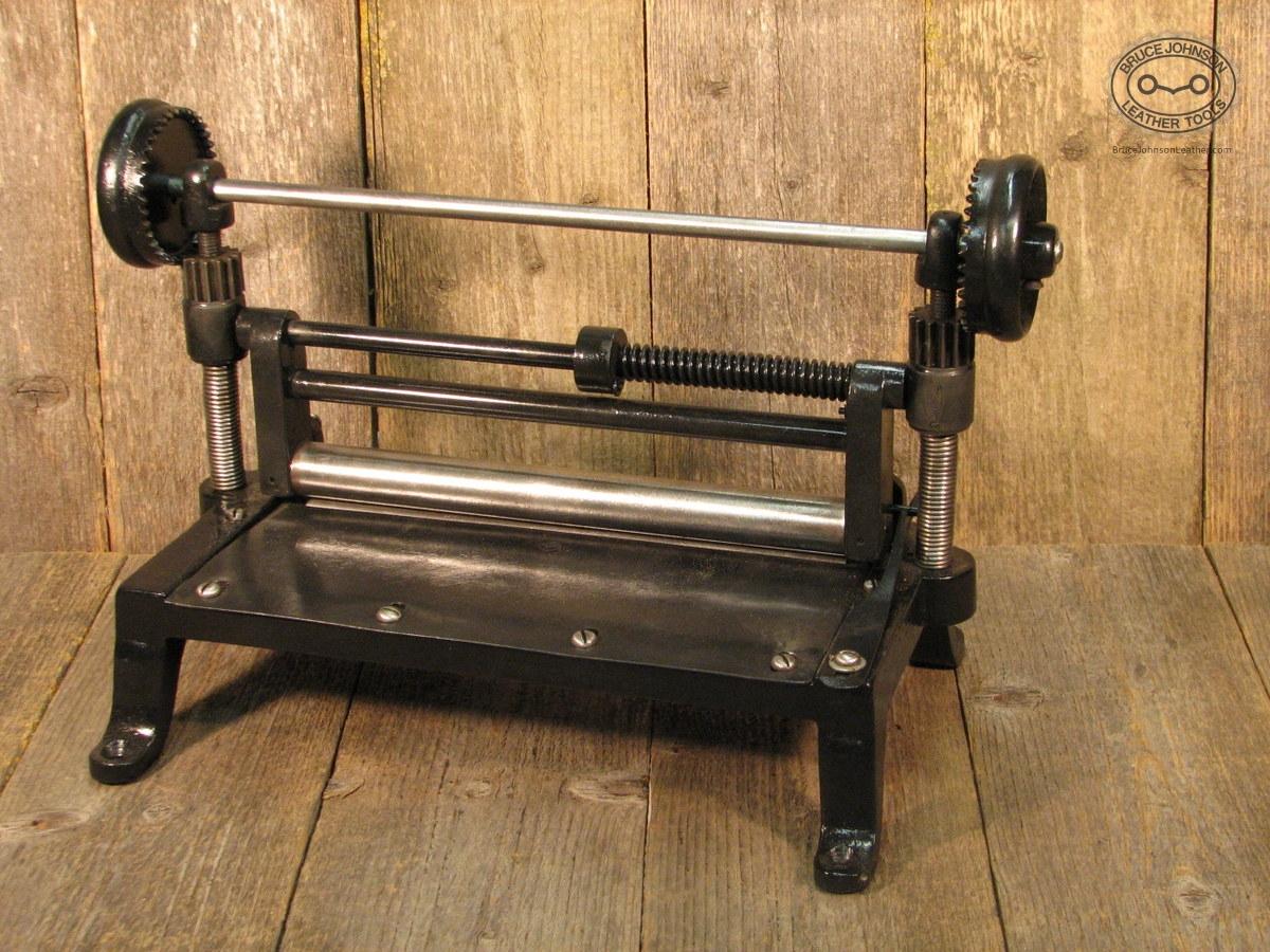 Astounding 10 Circular Saw Milwaukee Tools For Sale In Jamaica Vt Theyellowbook Wood Chair Design Ideas Theyellowbookinfo